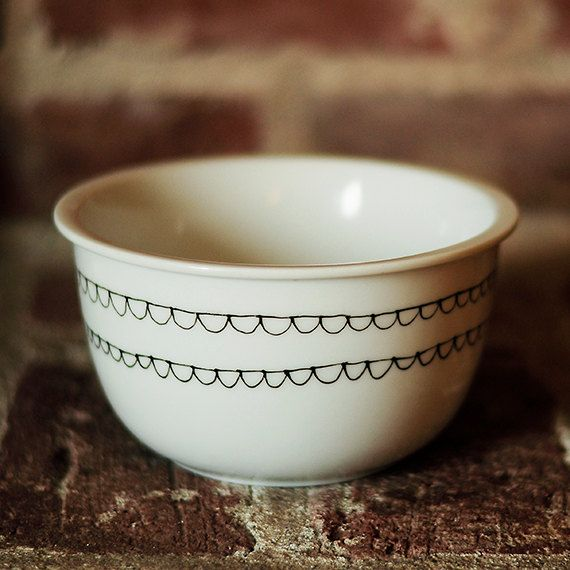 Scallop Hand Painted Bowl