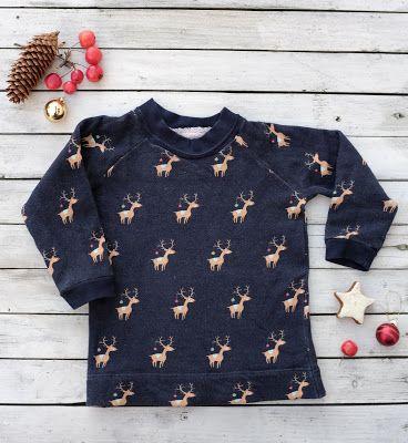 Ein Rudolph-Weihnachtspulli Nachdem ich zugeben muss, dass es wirklich soooo viele tolle Schnitte für Kinder gibt, habe ich mich an einen Pulli nach (fast) einem offiziellen Schnittmuster gewagt. Herausgekommen ist ein kuscheliger Raglan-Winterpulli!