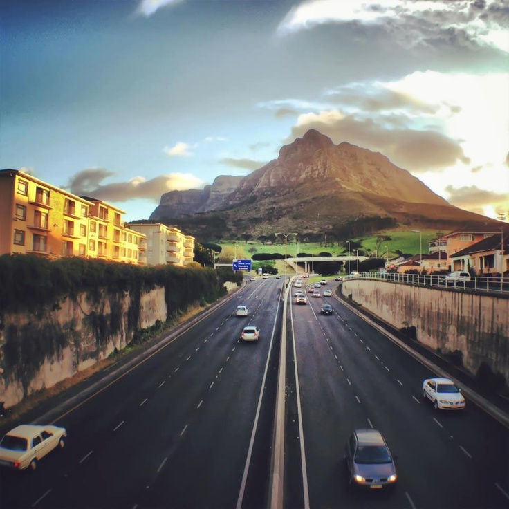 View from Main Road bridge over the N2 / De Waal Drive of Devils Peak - part of the Table Mountain range.