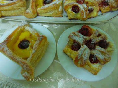 Rozi Erdélyi konyhája: Epres és meggyes sütik, leveles tésztából