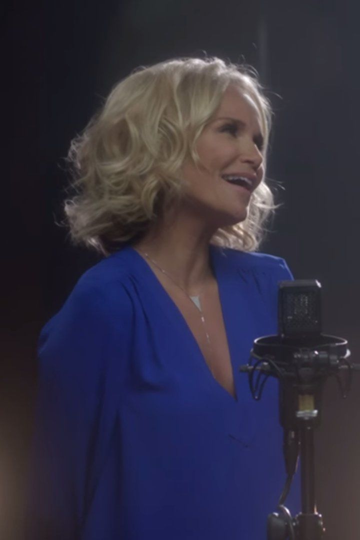 Kristin Chenoweth and Idina Menzel's Wicked Performance Will Change You For the Better