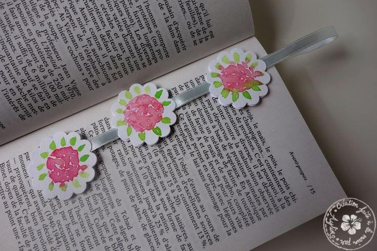 Marque-page en aquarelle, avec roses et ruban