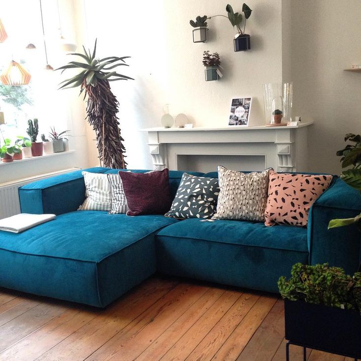 Take a seat! 10% discount on our @festamsterdam sofa's in Huiszwaluw Home.   #discount #sofa #festamsterdam #huiszwaluwhome #cushion #fermliving