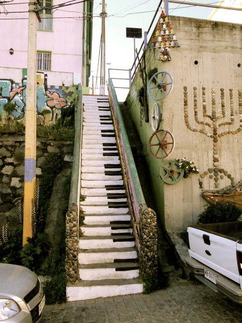 Staircase to the subway in Valparaiso, Chile with steps painted like piano keys.     Piano Stairs, Valparaiso, Chile