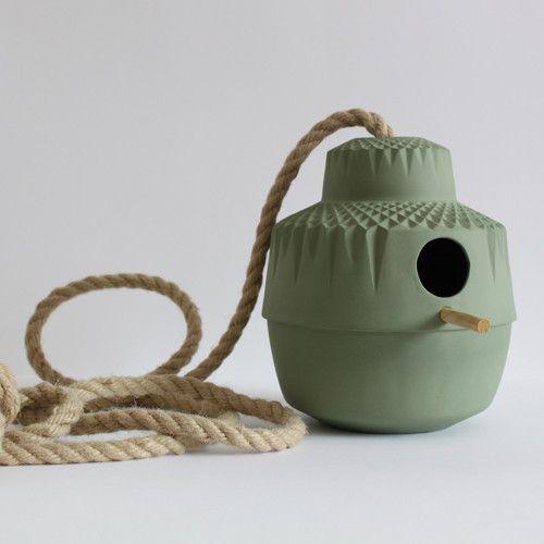 Porcelain birdhouse by Lenneke Wispelwey (Dutch Design)