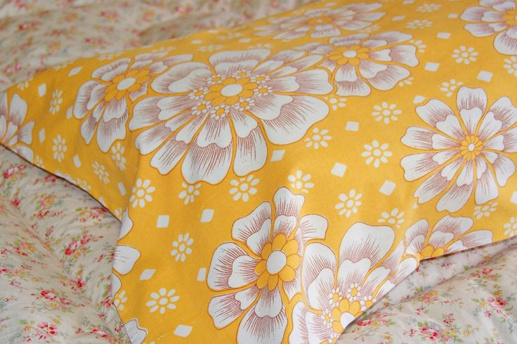 Vintage French Pillowcases! Awesome ebay find