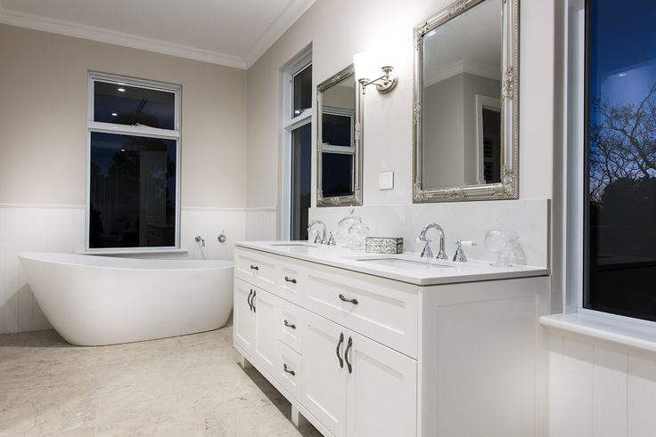 Hamptons style bathroom - Oswald Homes