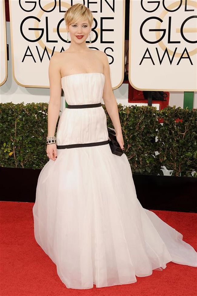 Jennifer Lawrence dazzles in Dior at 2014 Golden Globes