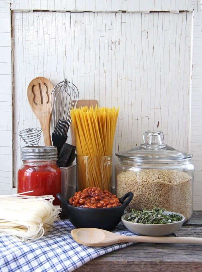 Building A Dinner Pantry - get your kitchen in order, organized and well stocked!