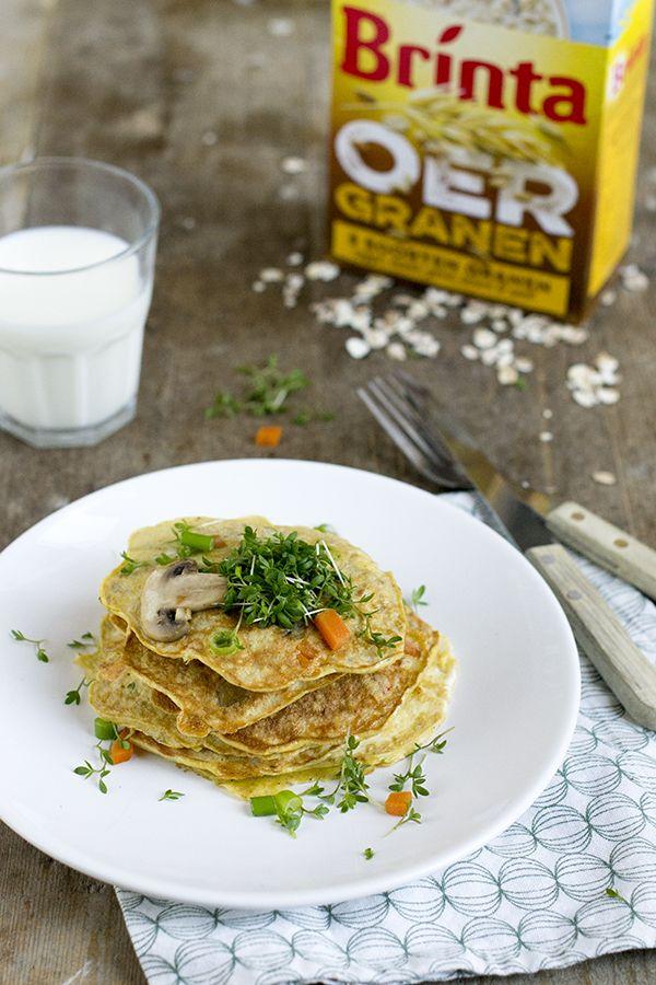 Maandag, tijd voor een makkelijke maaltijd. Vandaag gaan we voor dezegezonde topper voor de lunch. Eerder deelde ik een goed gevuldoerbrood met noten waarin ik de nieuwe Brinta Oergranen verwerkte (klik hier om het receptte bekijken). Deze keer doen we het anders,ik maakte er deze lekkere omelet gevuld met granen en groenten mee. Een gezond... LEES MEER...