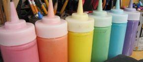 Manualidades: tizas, pintura hinchable y plastilina casera