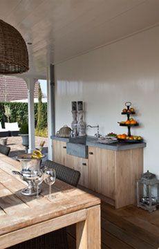 HLE Eiken Keukens - Home & Living East - Totale woon en projectinrichting buitenkeuken