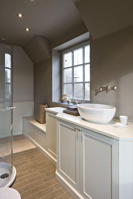 Project Badkamer van onder badkamer meubilair voor u aangeboden door Imagicasa.be