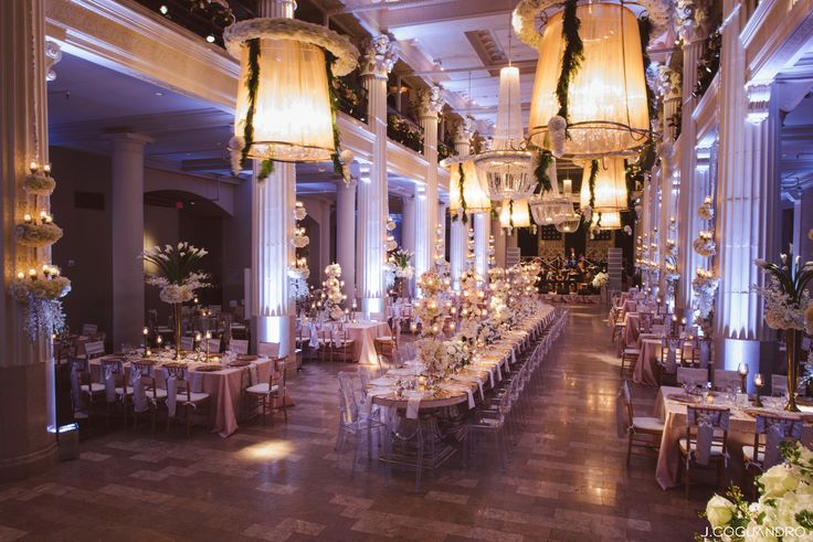 Fabulous wedding decor & inspiration at the I Do! Soiree   Sip bubbly, meet with Houston's A-list  vendors & relax while you plan your wedding! A lucky bride who buys tickets by MIDNIGHT tonight (2/3) will WIN goodies from Kendra Scott! Buy tickets online here: http://houstonweddingshows.com/  Photo: J. Cogliandro   Decor: Darryl & Co.