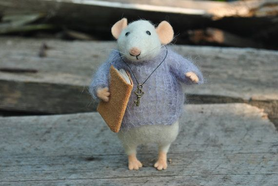 Mouse with key Miniature mouse Felted ornament Felted wool mouse soft sculpture…