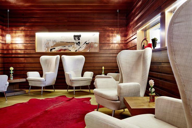 Gemütliche Lounge-Ecke im Hotel Feldhof in Naturns