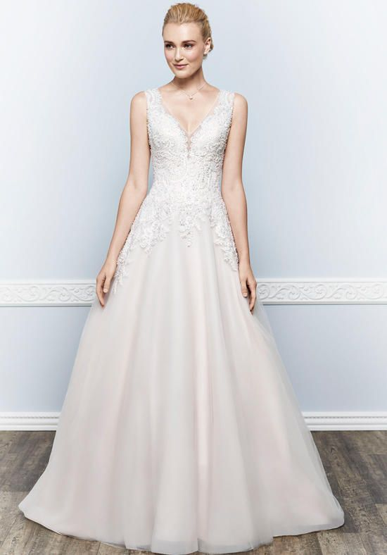 Organza V-neck A-line wedding dress with lace embellishment I Kenneth Winston I https://www.theknot.com/fashion/1640-kenneth-winston-wedding-dress