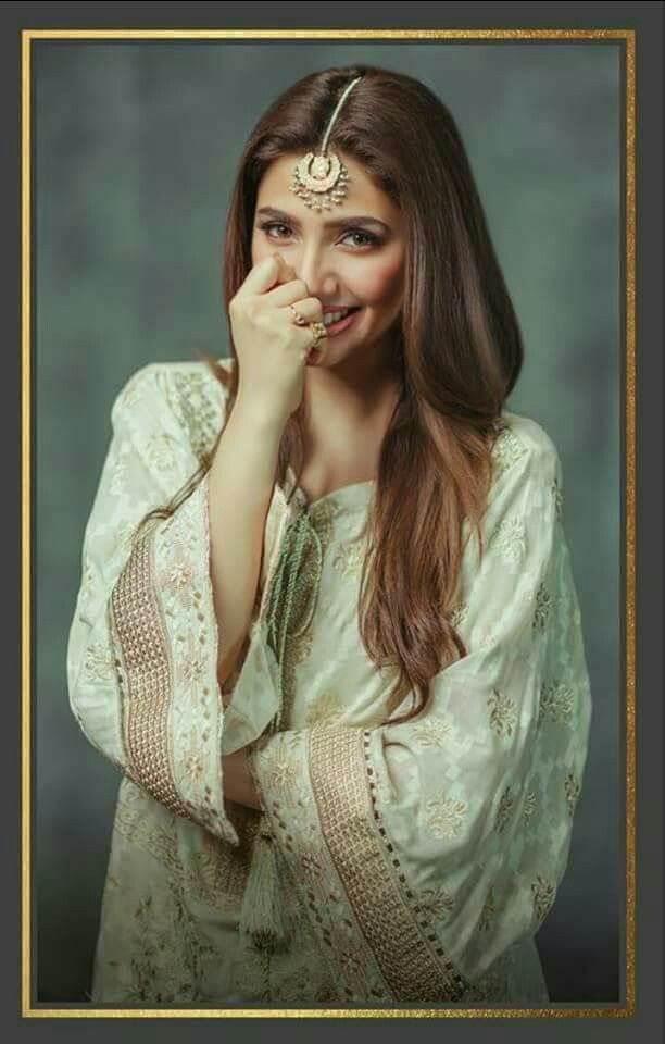 The Most Beautiful woman Mahira Khan For Alkaram Festival Collection 2017! ❤