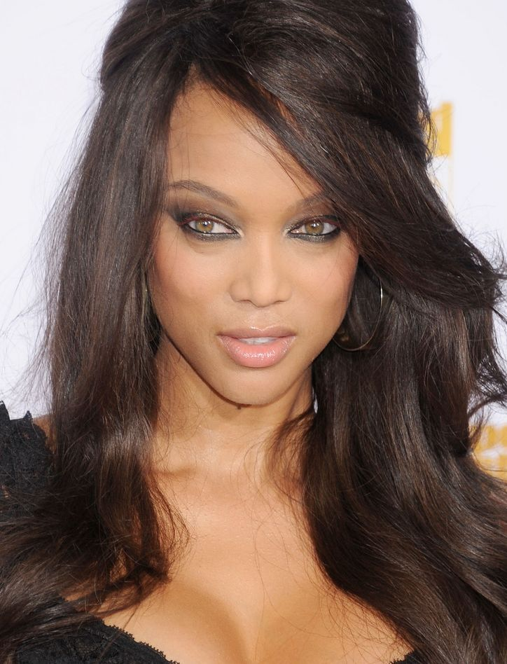 Here's a Totally New Way to Dramatize Your Eyes, From Tyra Banks' Makeup Artist
