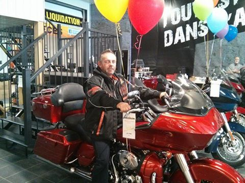 WWW.MOTO-CENTRE.COM HARLEY-DAVIDSON FLTRX ROAD GLIDE