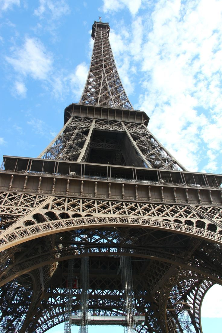The Eiffel Tower during day and night – my incredible experience and #travel #tips #Eiffel #tower #Paris #France #architecture #landmark