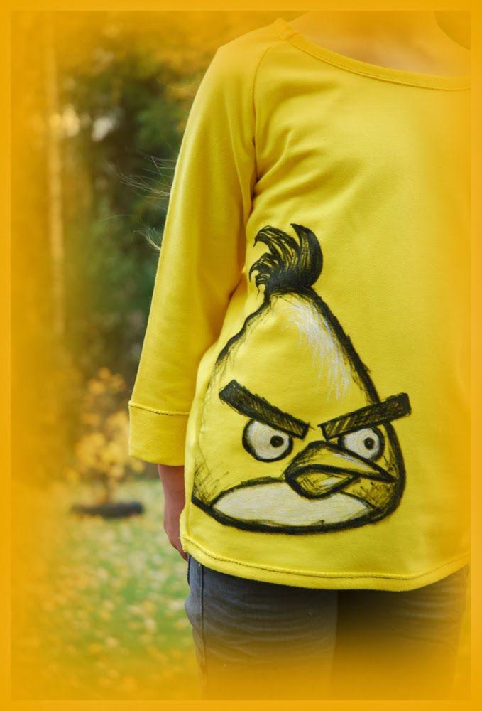 Kaikki yhdest Koo'st: Kiukkutipu tytölle / Yellow angry bird shirt, drawn with fabric markers