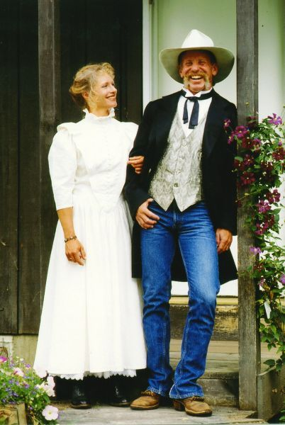 Beautiful mens western wedding wear contemporary styles for Old west wedding dresses