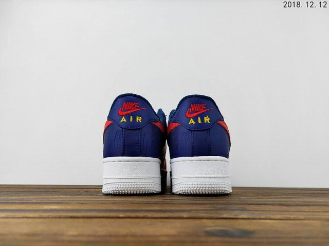 Nike Air Force 1 07 : Nike × Men and Women's shoes 2018