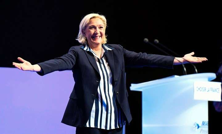 """Marine Le Pen: """"Macron es un pirómano que se hace pasar por bombero"""""""