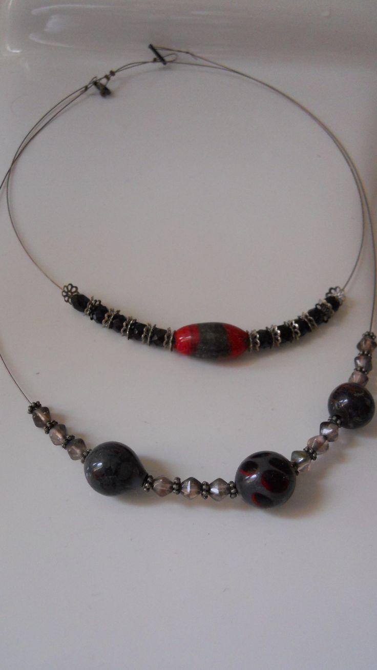 Perle dozdobeno do náhrdelníku