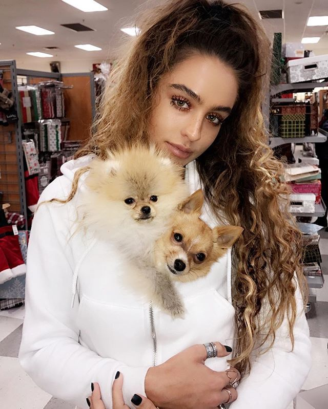 d203d4bdf Sommer Ray - @sommerray Instagram Profile & stories,photos,videos • Pikdo