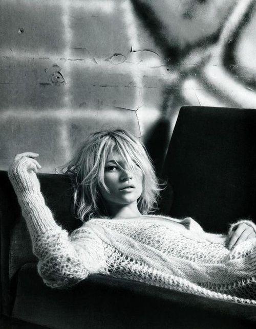Kate Moss blond carré flou  ❤️