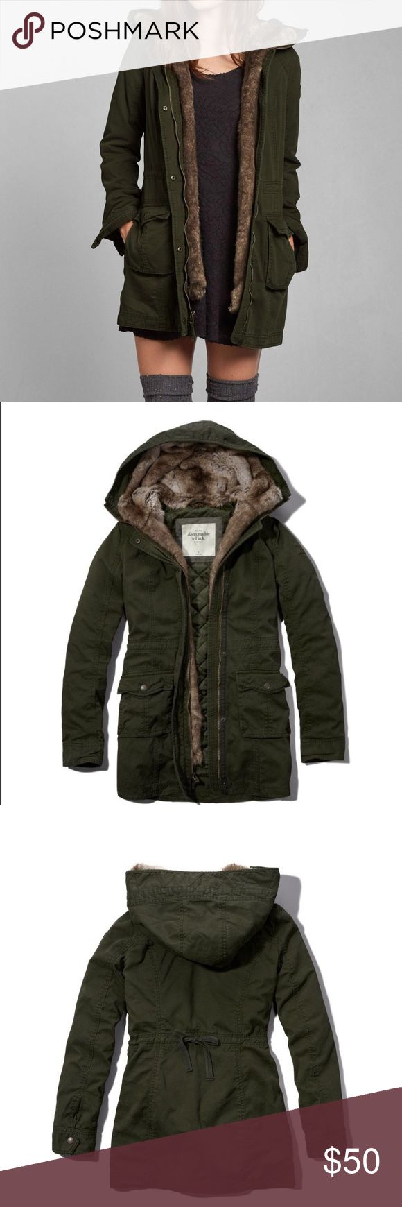 A&F Green Military Style Parka Faux Fur Lined size Xs. like new. has detachable faux fur lining so you can wear it as a light jacket or winter jacket. this coat is so warm!! great condition and super trendy  Abercrombie & Fitch Jackets & Coats Utility Jackets