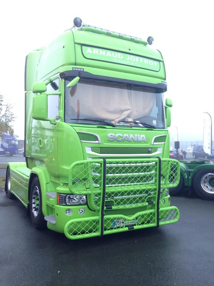 Add your own favourite truck pics and of course add your friends...if you are really bonkers about trucks why not visit our site
