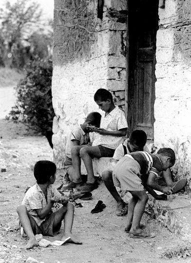Hubertus Hierl.ΚΑΛΑΜΠΑΚΑ 1962 παιδικά παιχνίδια