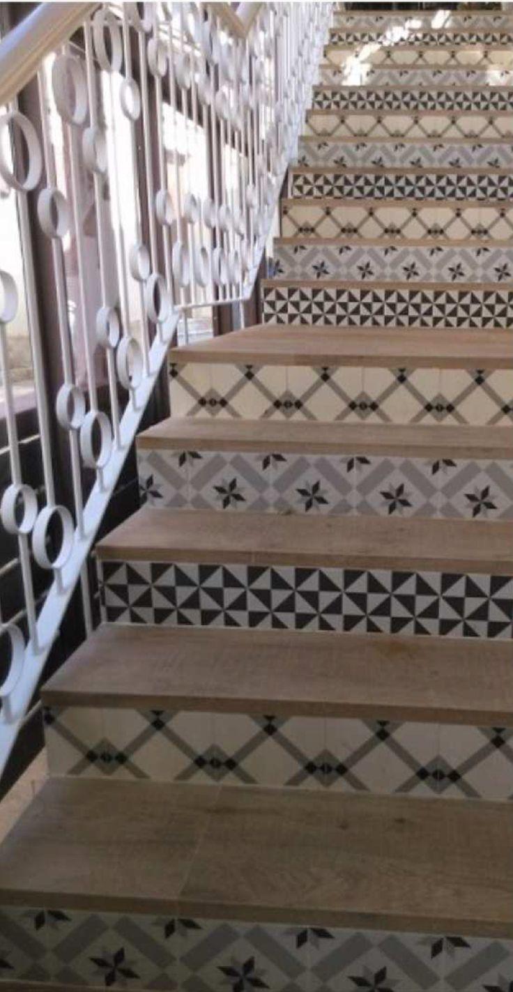 17 mejores im genes sobre escaleras en pinterest estilo for Baldosas para escaleras