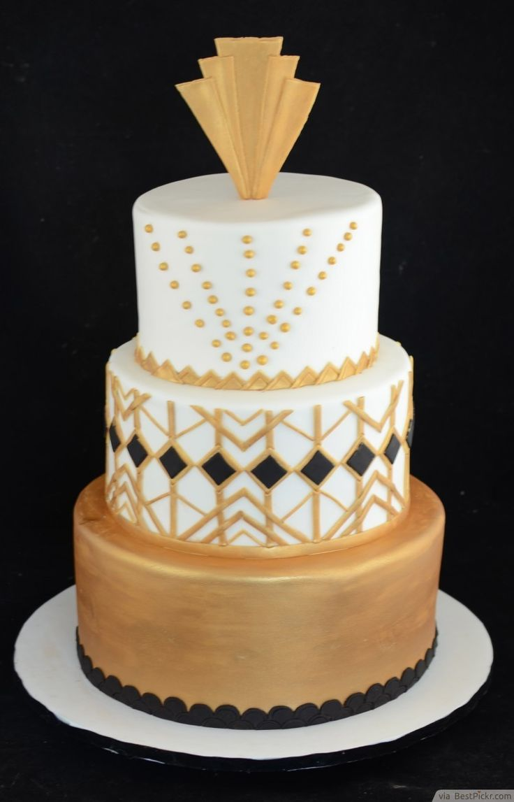 Black And Gold Great Gatsby Decoration Ideas http://bestpickr.com/great-gatsby-themed-p ...