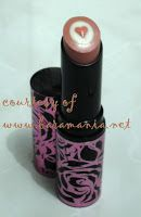 Triple Core Lipstick special edition with heart-shape gloss on the center. One of my favorite.
