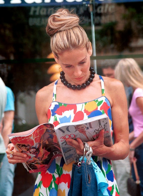 Sarah Jessica Parker reading Vogue on the set of filming Sex and the City. LOVE this.Satc, Fashion, Sex, Style, Carriebradshaw, The Cities, Carrie Bradshaw, Cars Accessories, Sarah Jessica Parker