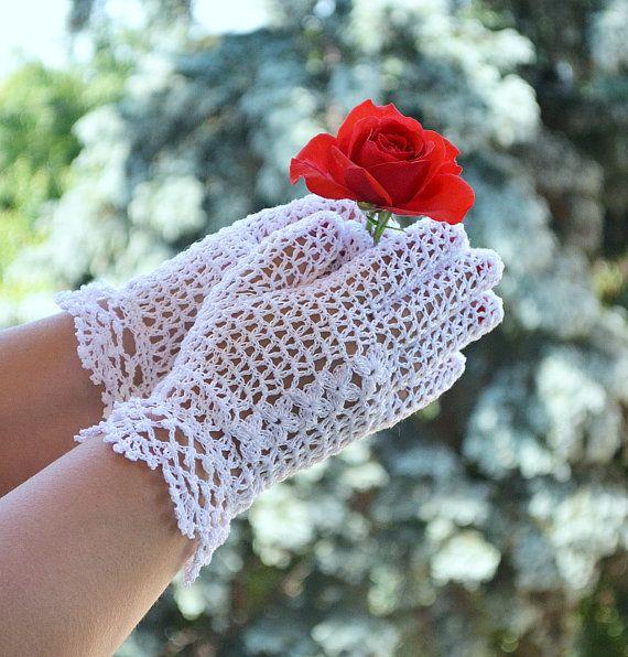 Crocheted gloves wedding gloves white romantic by DosiakStyle, #Crochetedgloves