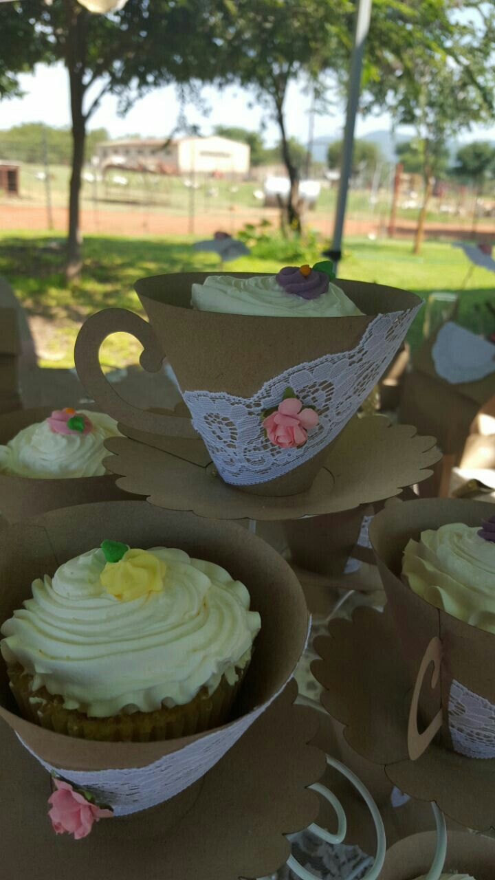 DIY Teacup cupcake wrappers.