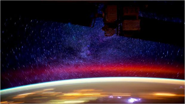 La notte vista dalla Stazione Spaziale Internazionale.