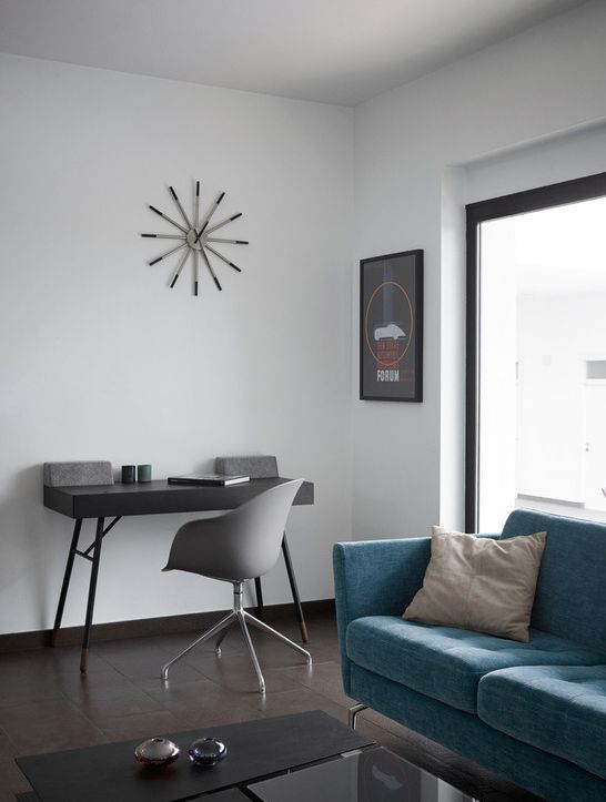 Cupertino desk ; Adelaide chair, Osaka sofa, Barcelona coffee table;