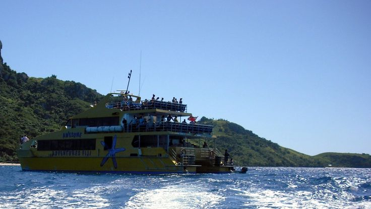 Awesome Adventure Boat, Fiji