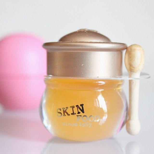 Honey lip balm  Skinfood est l'une de mes marques coréennes préférées avec Etude House, Tony Moly et Holika Holika ✨ #skinfood