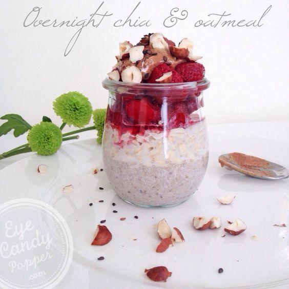 Overnight oatmeal and chia seed breakfast (vegan) | eyecandypopper.com