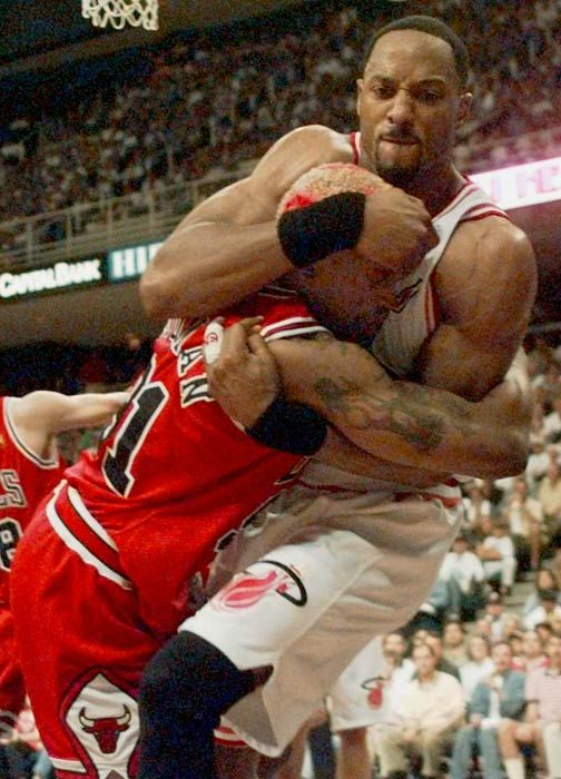 Dennis Rodman and Alonzo Mourning fighting -- #ProBasketballMiamiHeat