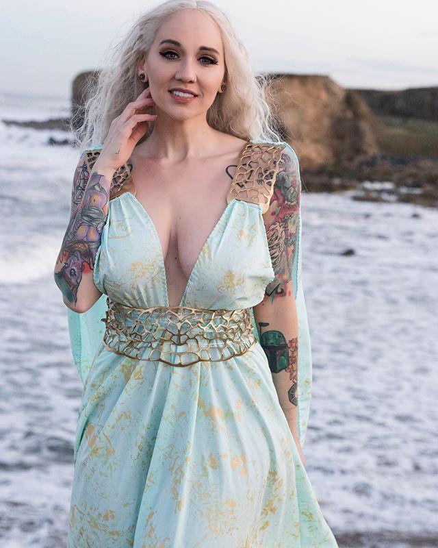 Erica Fett Nude Photos 87