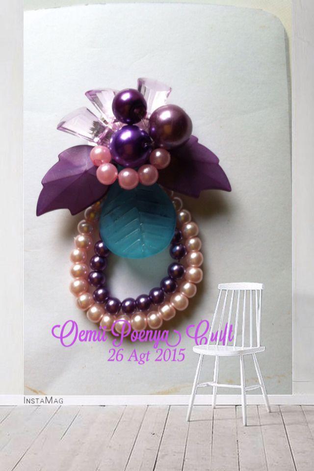 Violet bead broch