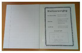 Ik heb een kaartje gemaakt waarop alle afspraken omtrent werkverzorging staan en een voorbeeld van hoe het moet. Dat wil ik de kinderen in de kaft van hun schriften laten plakken. Hopelijk onthouden ze het dan wat gemakkelijker.